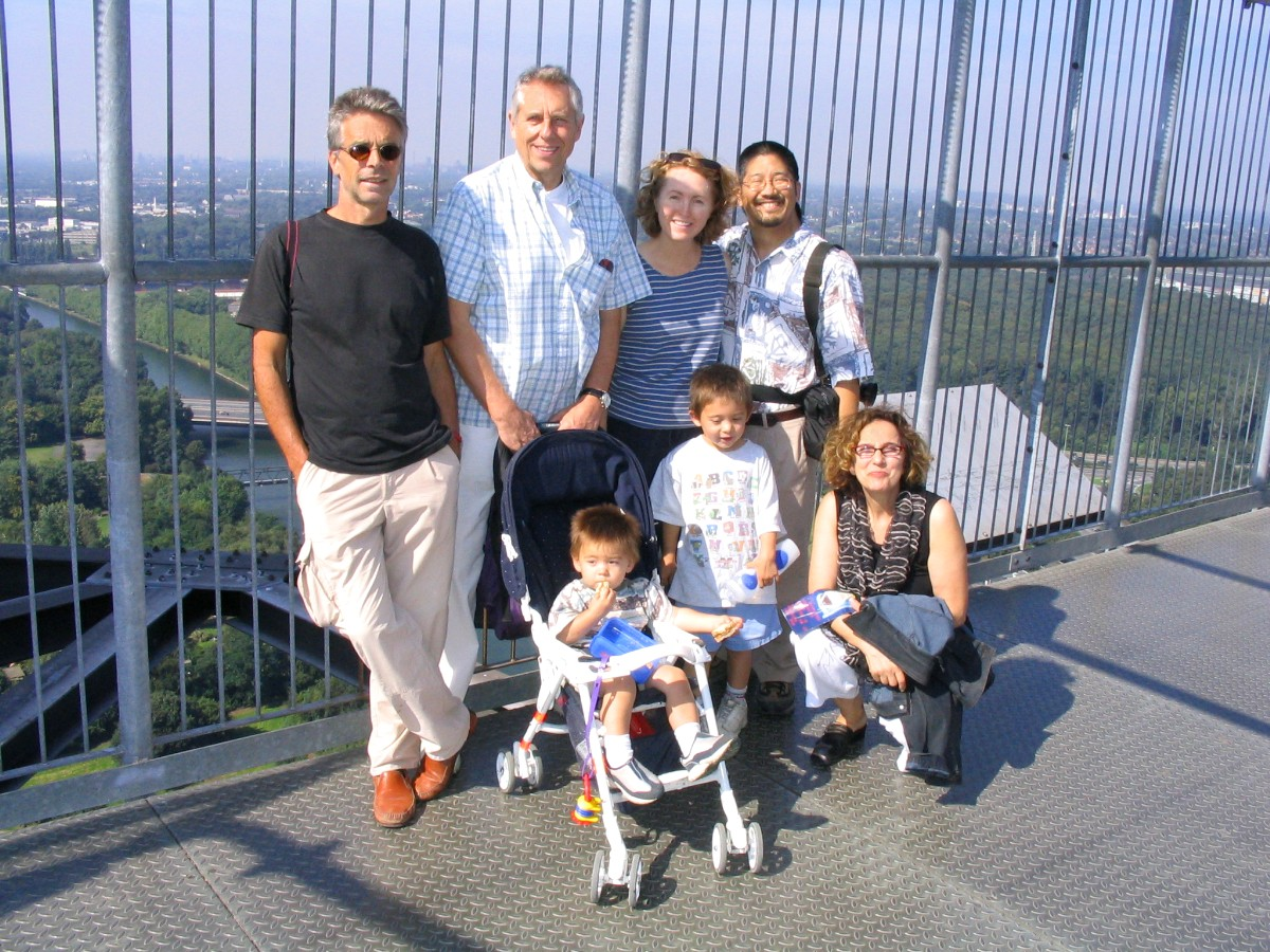 05 September 2004: Family and friends atop the Gasometer in Oberhausen